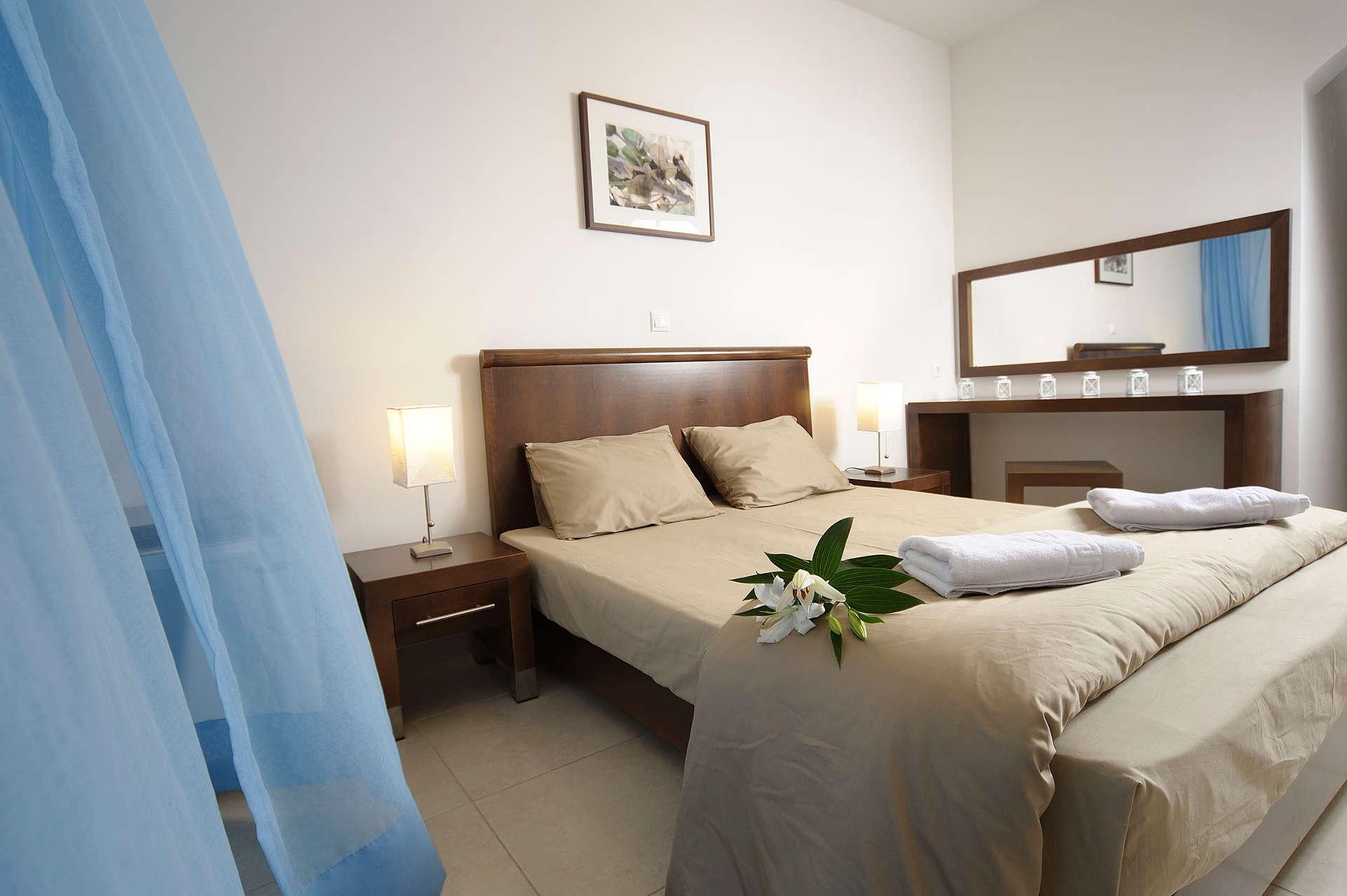 glaros_room18